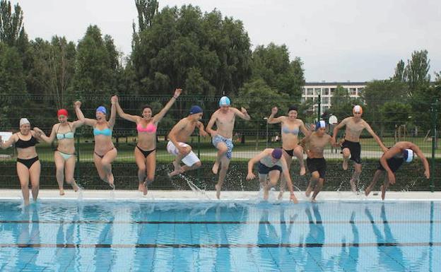 Piscinas en leon provincia finest piscina puente del - Hoteles en leon con piscina ...