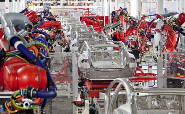 Imagen de una planta de fabricación de Tesla./