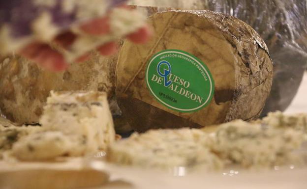 Vega Sicilia se maridó con el queso de Valdeón.