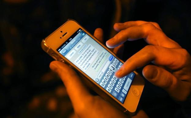 Yalochat se asocia con WhatsApp para conectar a empresas con sus clientes