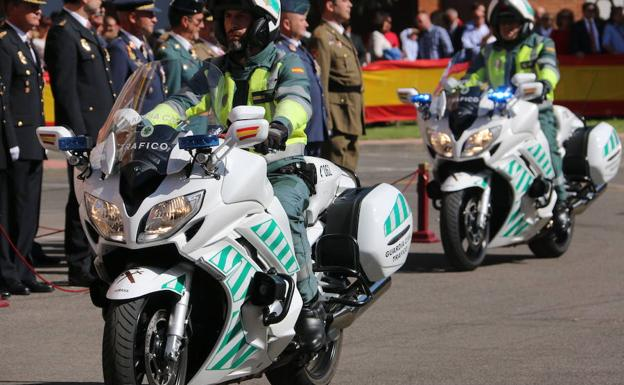 Desfile de la Guardia Civil de Tráfico.