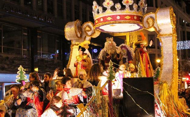 Carrozas De Reyes Magos Fotos.Celebra La Navidad En Leon Y Su Provincia La Informacion