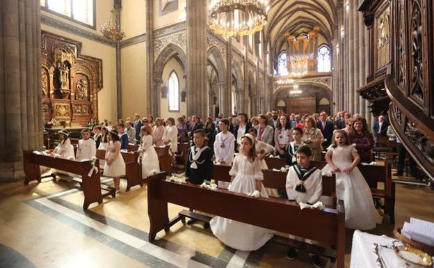 El 'declive' de las primeras comuniones: en León se celebran 1.696 en 2019, 149 menos que hace una década