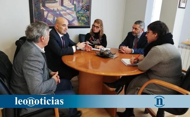 San Andrés aborda con el Colegio de Farmacéuticos las iniciativas conjuntas que se impulsarán a lo largo del próximo año - leonoticias.com