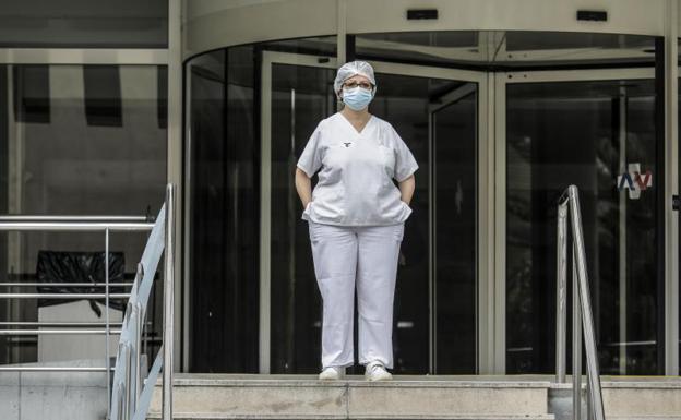 Los fallecidos diarios en España caen a 605, la menor cifra desde el 24 de marzo