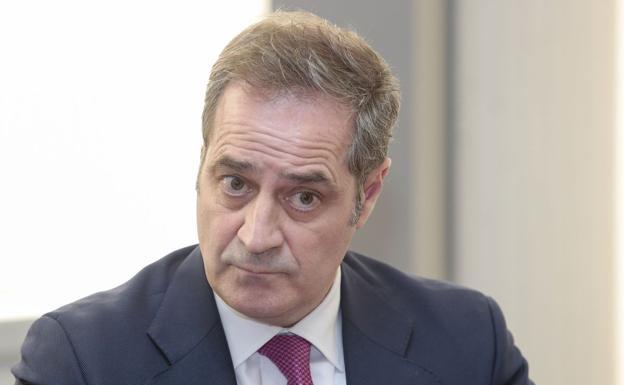 El gerente del Hospital de León, ingresado por covid-19