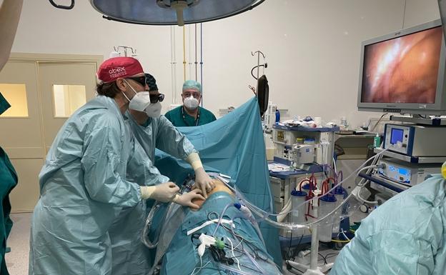 España e Italia realizan un trasplante cruzado en plena ola del coronavirus  | Leonoticias