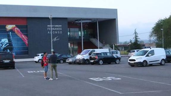 Circuito Fernando Alonso Accidente : Fernando alonso sufre un extraño accidente en los test de