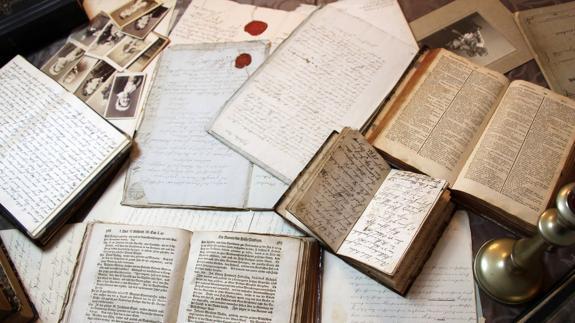 La Ule Programa Un Taller Para La Tasación De Libros Antiguos Y